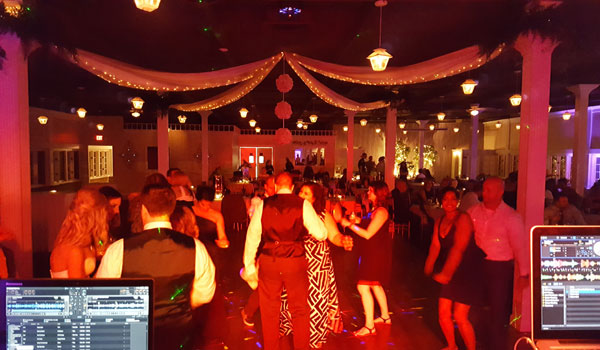 Wedding DJ's & Lighting